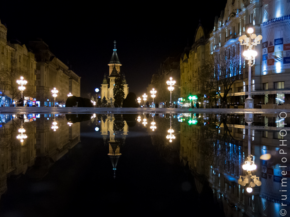 Playing with reflections on the main square